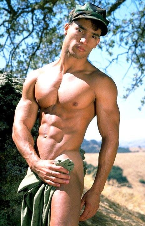 голые военные гей фото